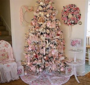 144959-pink-shabby-chic-christmas-tree
